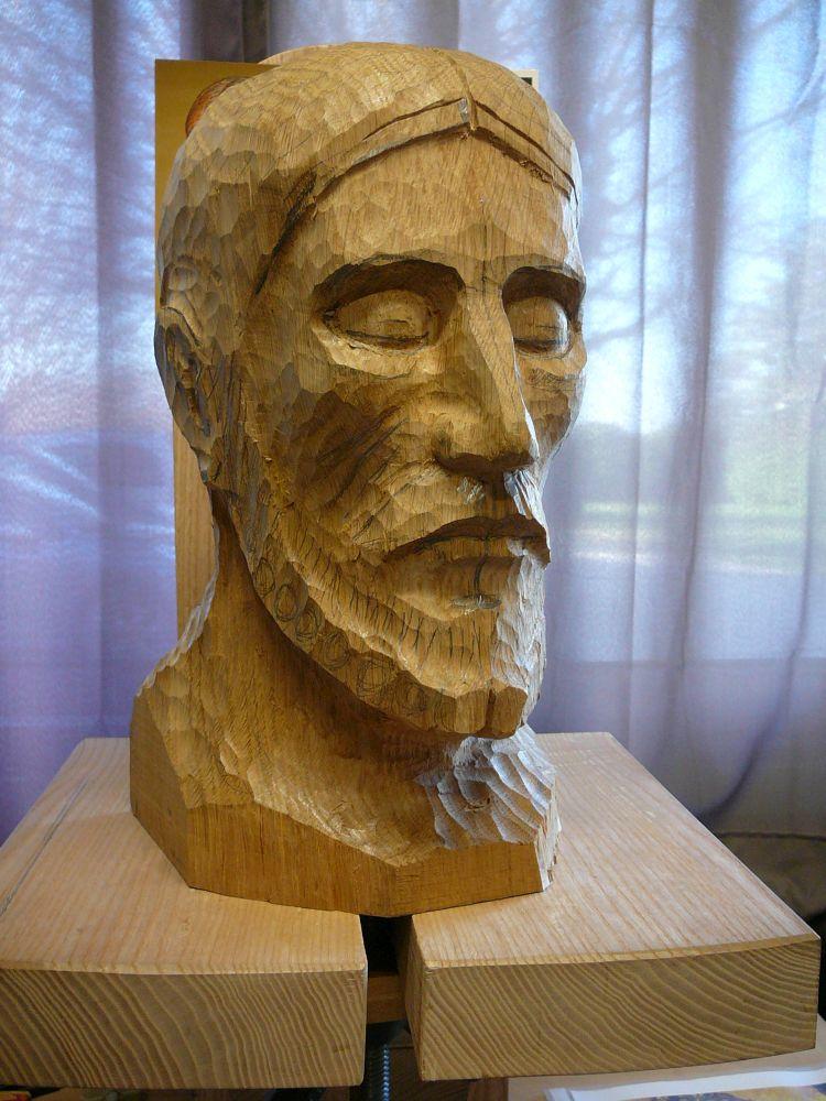 Philippe Lefebvre, iconographe et sculpteur sur bois d'art sacré, met son talent au service de la beauté, en particulier dans le cadre de la liturgie.